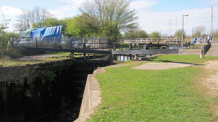 Fiddler's Ferry lock 2