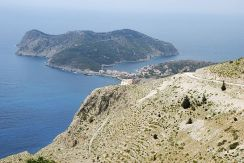 The road down to Assos