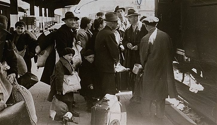 Deportation of Jews from Hanau to the Theresienstadt ghetto
