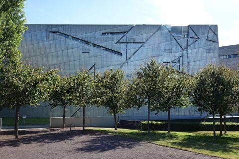 Jewish Museum Berlin exterior 1