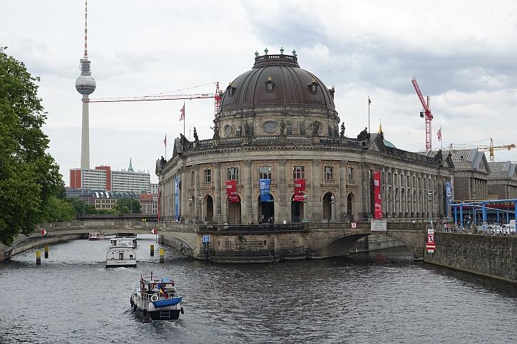 Museum Island cranes