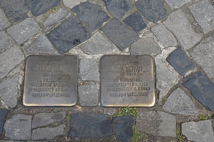 Stolpersteine at 72 Lietzenburger Strasse for Maria Terwiel and Helmut Himpel