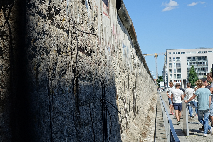 The Wall at the Topography of Terror