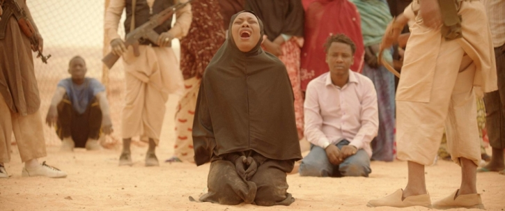 Timbuktu woman kneeling