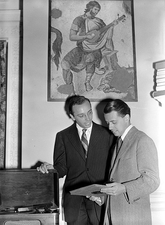 Ahmet (left) and Nesuhi Ertegun, 1940
