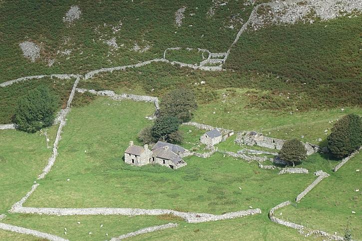 Ruins at Nant Gwytheryn