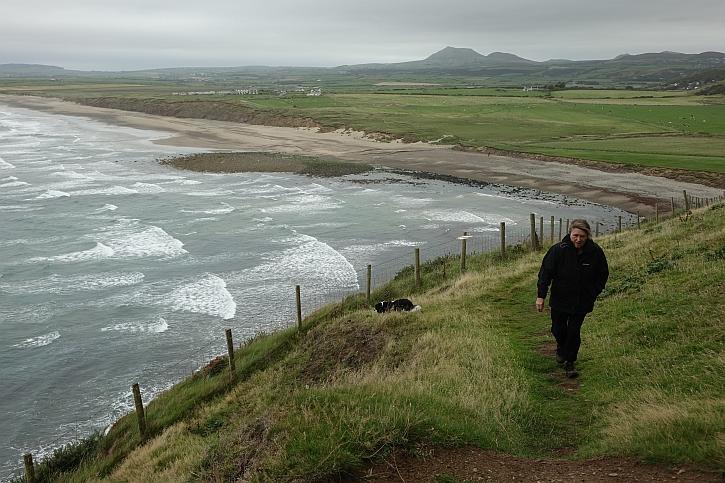 On Mynydd Cilan: the wind really hit