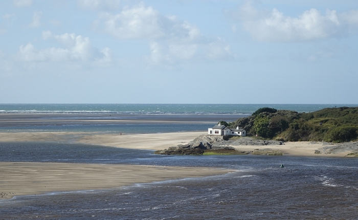 Lleyn walks: Windswept on Black Rock sands