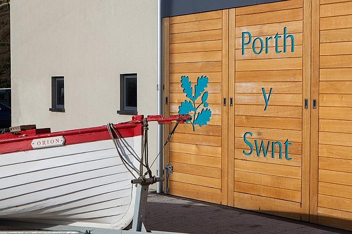 Porth y Swnt: Gateway to the Sound