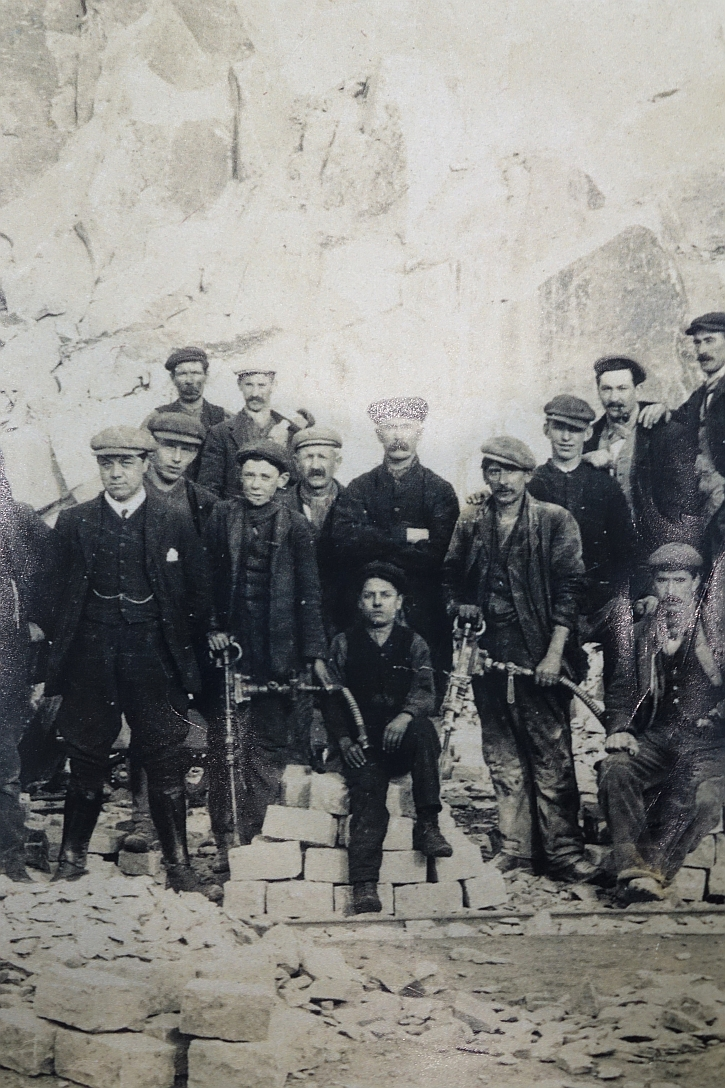 Workers at Nant Gwrtheryn