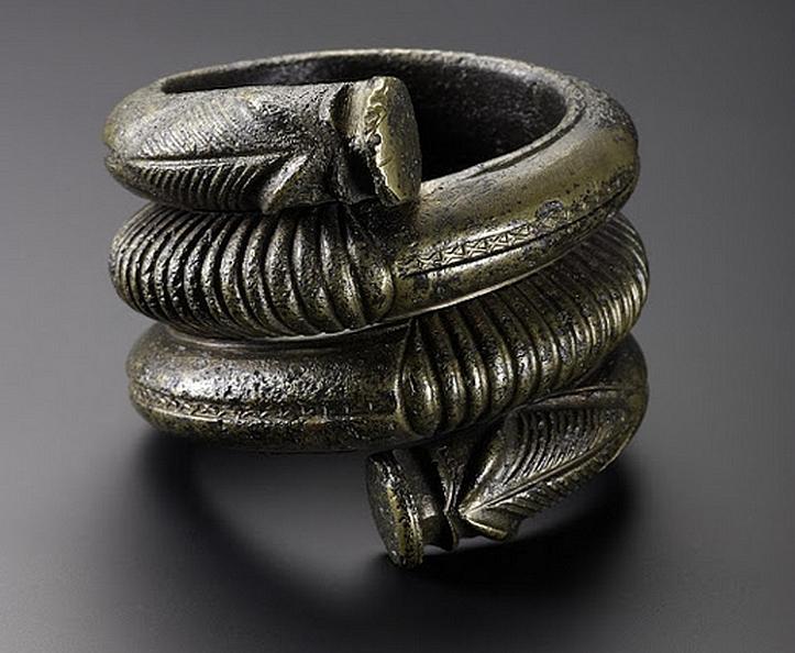 Bronze bracelet, Pitalpin, Scottish highlands, 100-200 AD