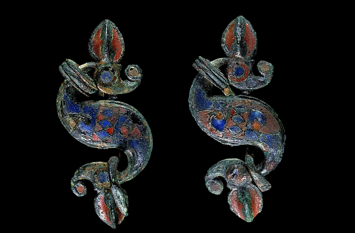 Dragonesque brooches, AD 75-175