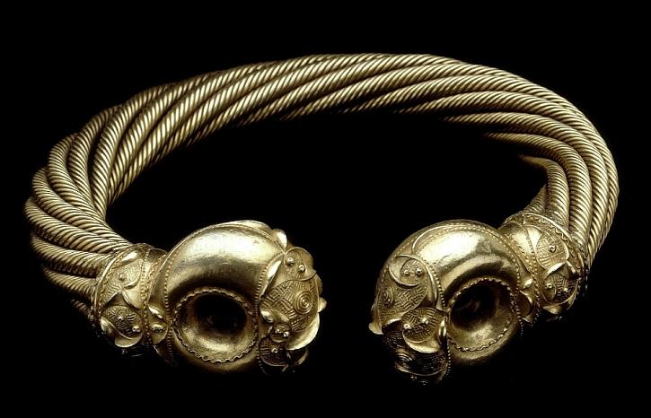 Snettisham Great Torc, 100-50BC, Snettisham, Norfolk