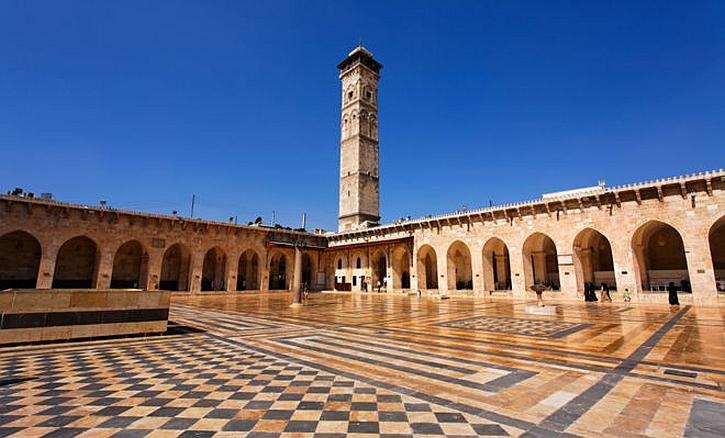 Aleppo's minaret