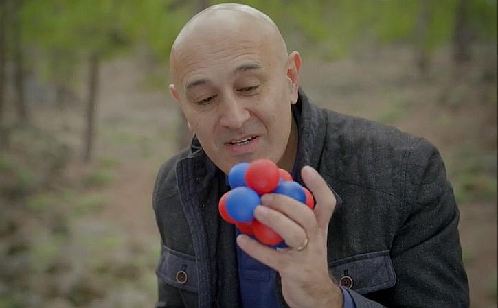 Jim Al-Khalili making carbon from helium atoms