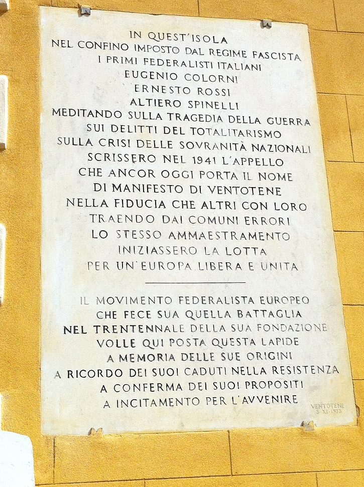 Memorial plaque on the wall of the town hall in Ventotene