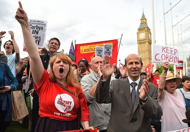"A ""Keep Corbyn"" demonstration outside Parliament, 28 June 2016"