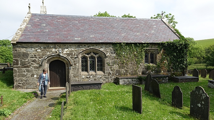Llangwnnadl church