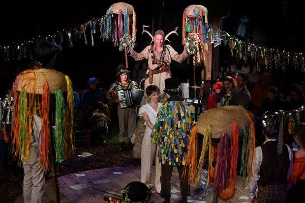 The god Hymen appears on stilts (Photograph Brian Slater)