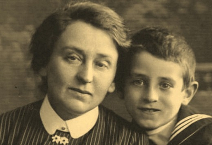 Vasily Grossman with his mother