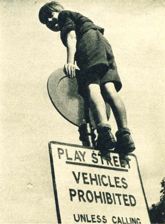 Play street (Picture Post, August 1954)