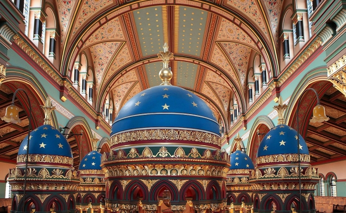 Inside Princes Road Synagogue: prepare to bedazzled