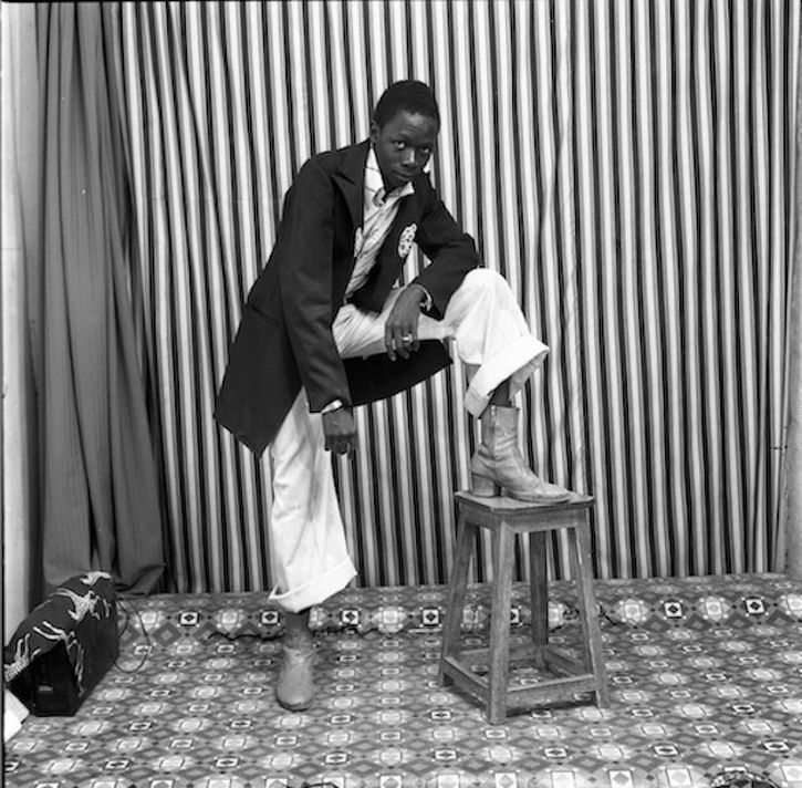 Malick Sidibé, A pose with my boots, 1978
