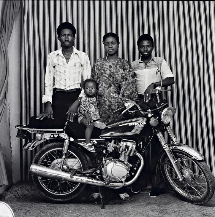 Malick Sidibé, All family on motorbike, 1977