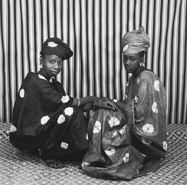 Malick Sidibé, Deux Amies Peulhs, 1977