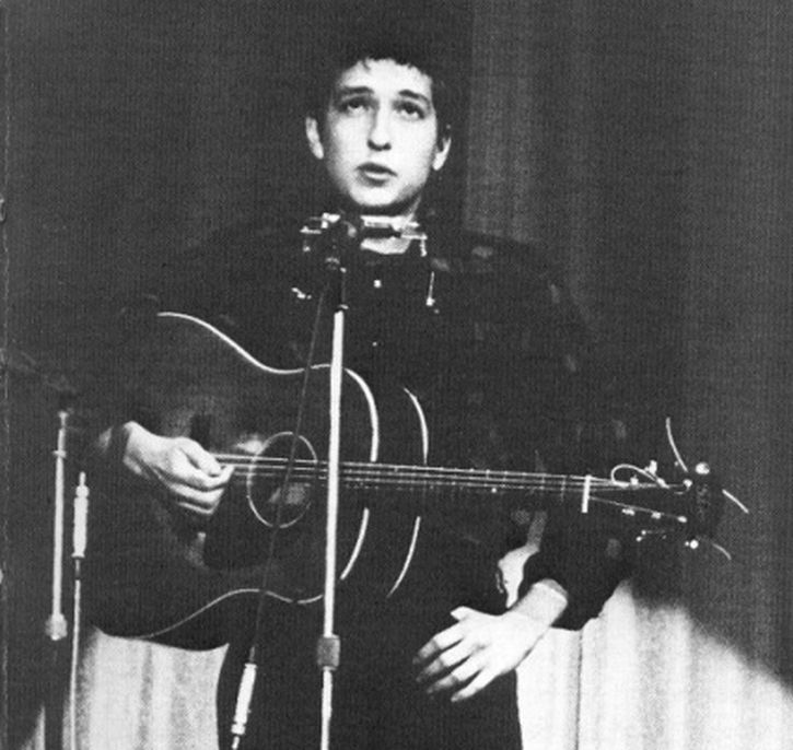 Bob Dylan performs at the Hootenanny, Carnegie Hall, 22 September 1962