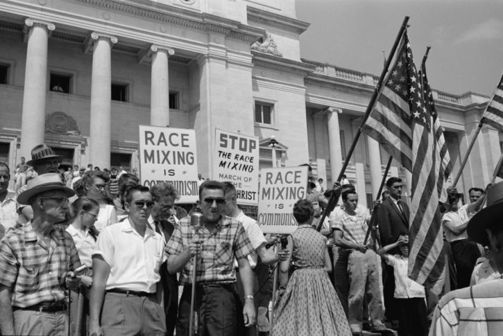 Demonstrators at an anti-integration rally in Little Rock, Arkansas